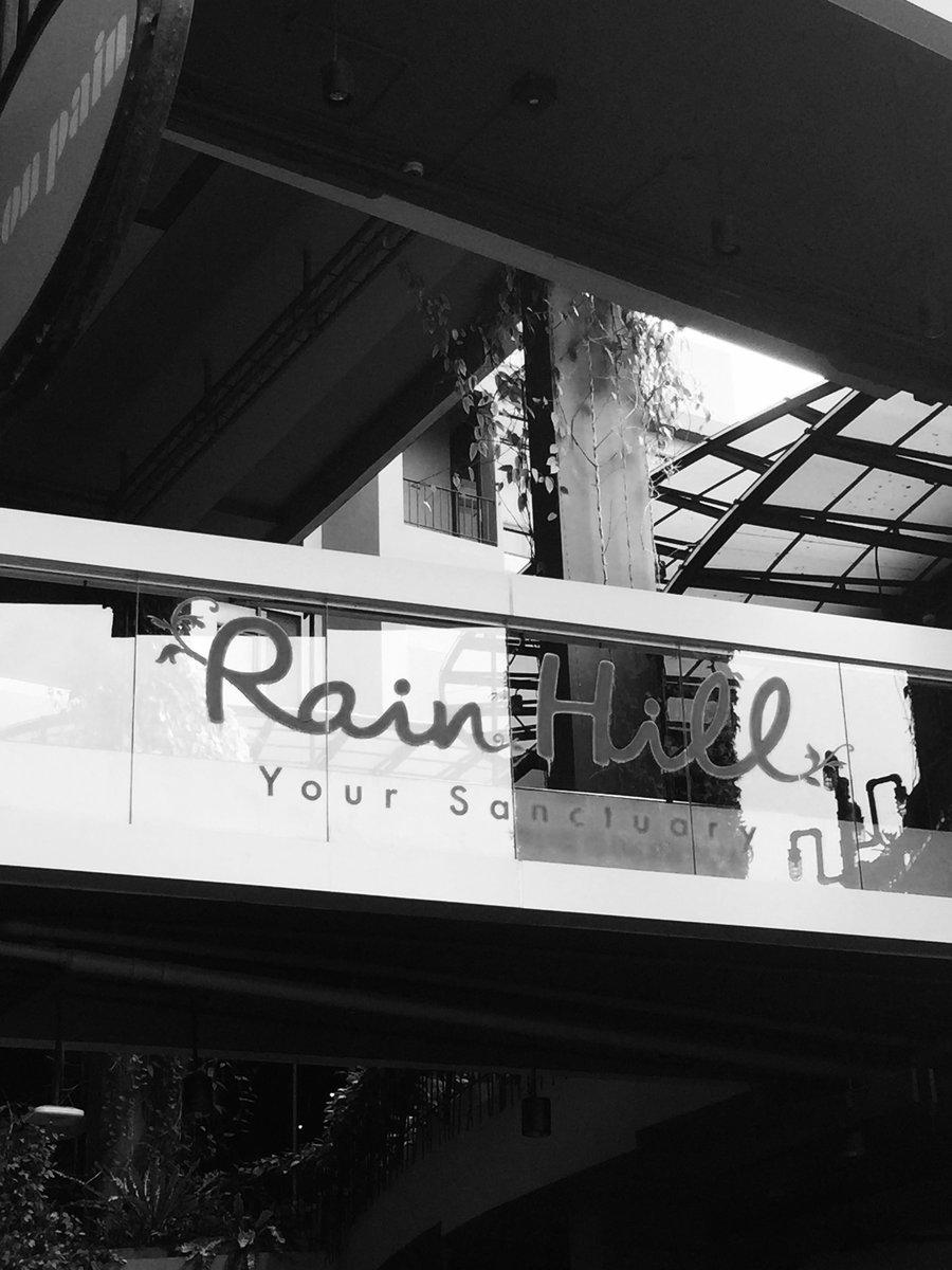Rainhill sign 06-12-2016 BnW