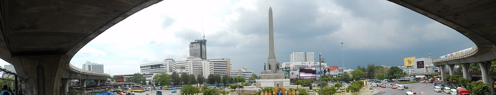 Victory Monument 2013